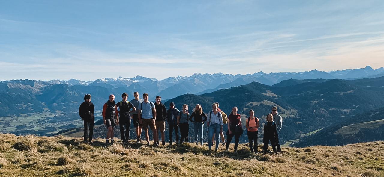 Gruppen der KJB: KJB Gruppe erklimmt die Berge